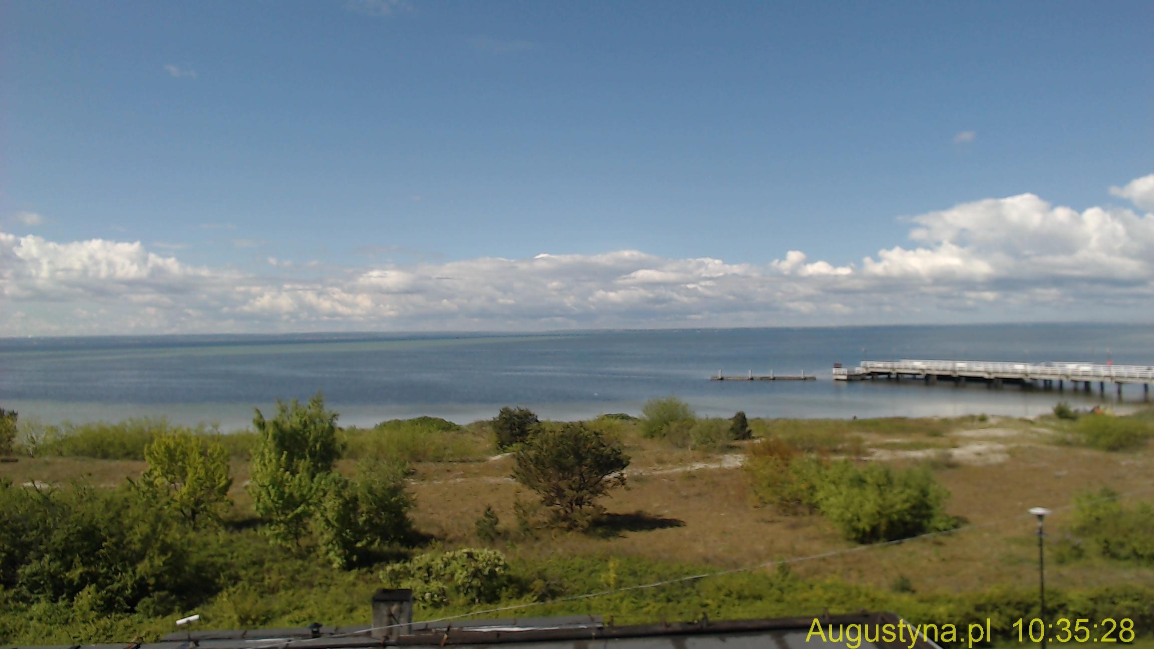 Widok z okien OW AUGUSTYNA na Zatokę Pucką on-line.